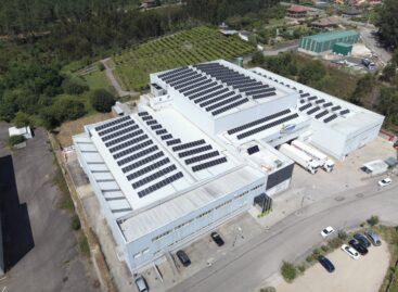 Mascato redobla su apuesta por la sostenibilidad con un gran parque fotovoltaico en su planta de procesado de Salvaterra